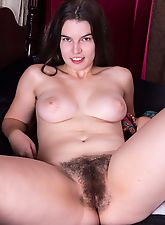 hairy divas, Ivy wakes up and makes her hairy pussy cum