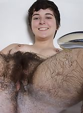 Sexy bath time with very hairy Harley