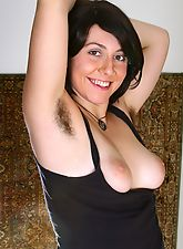 hairy armpits, Raunchy Raven spreads her bearded clam
